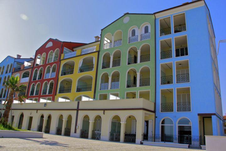 Marino 39 s apart hotel porto recanati turismo hotel for Appart hotel porto